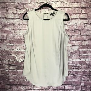 The Limited Plus size sleeveless blouse gray
